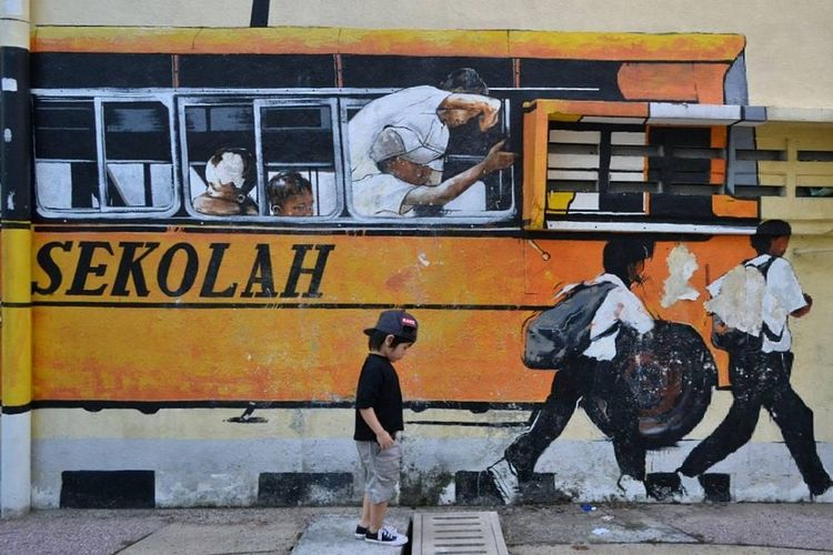 Late for school and i don't bother.. Yellow Explosion Yellow Buildings Yellow Color Yellow Bus  Streetart StreetArt/GraffitiArt Wall Art Malaysia Truly Asia Streetart/graffiti