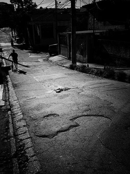 Mobliephotography Streetphotography Streetphoto_bw Monochrome Monoart Monochrome_life