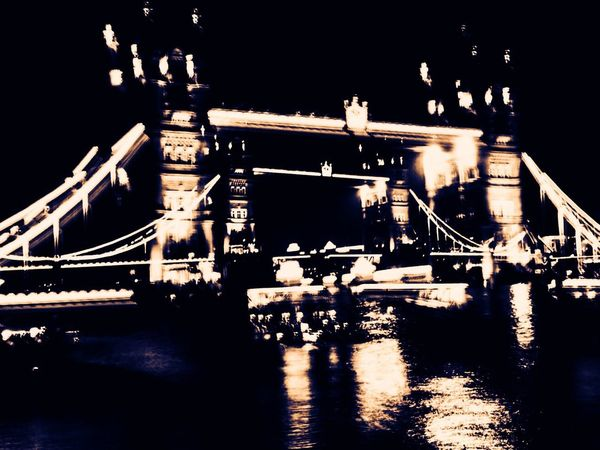 Tower Bridge - double take IPhoneography ShotOnIphone Shotoniphone7plus IPhone Mobile Photography England London United Kingdom Tower Bridge  Zoom Zoom Burst Travel Travel Photography Postcode Postcards
