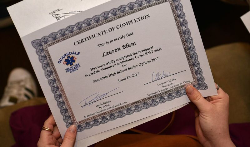 Holding Certificate Emt EyeEmNewHere