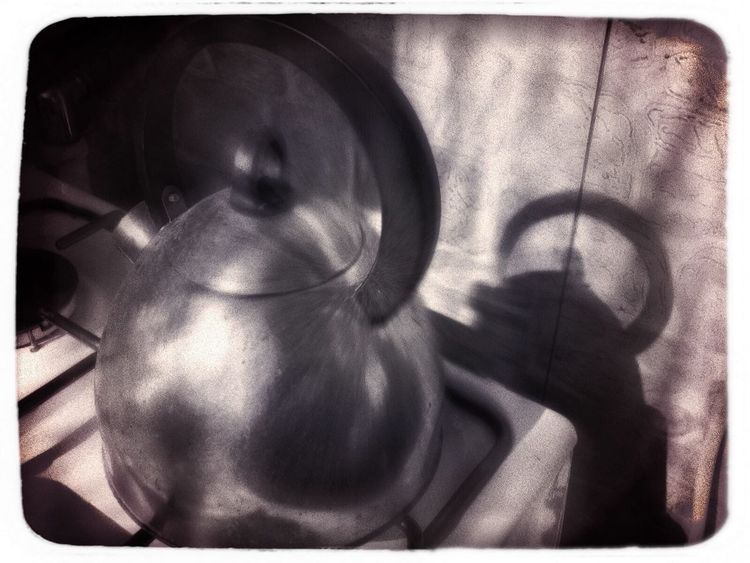 Teapot Kettle Czajnik Bnw White Frame