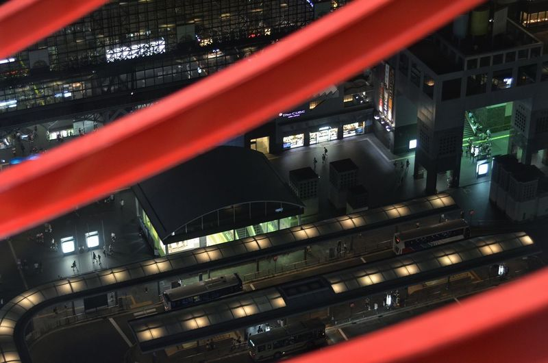 My Year My View 夜景 お気に入り Night Photography My Favorite Photo Night Lights Night City Kyoto Station High Angle View Illuminated Cityscape Architecture Bas Stop Light And Shadow People Watching Kyoto Travel Photography From My Point Of View Capture The Moment 京都 旅写真 August 2016 EyeEm Best Shots EyeEm Best Edits