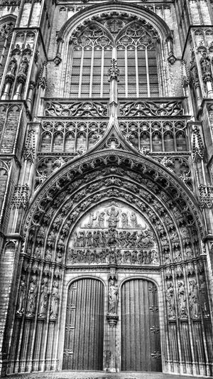 Portal Entrance Historical Building Old Cathedral Church Monochrome Blackandwhite Blackandwhite Photography Monochrome _ Collection From My Point Of View Throughmyeyes Hello World EyeEm Best Shots Check This Out Eye4photography  In Front Of Me Urbanphotography Travel Photography Walking Around Traveling Seen On My Walk EyeEm Gallery Enjoying The View Antwerp