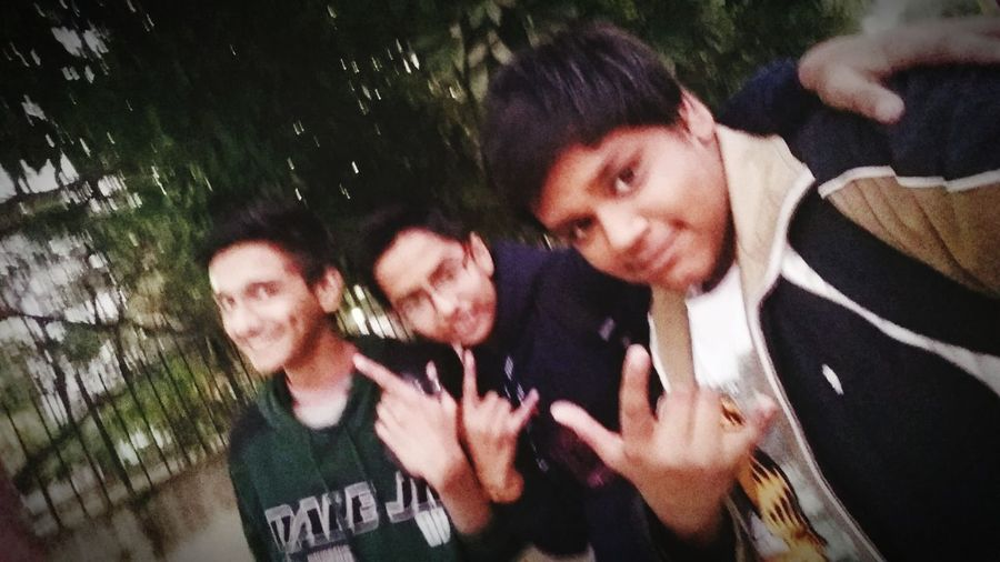 Friend are the best way to entertain life!! Friends Forever!! First Eyeem Photo