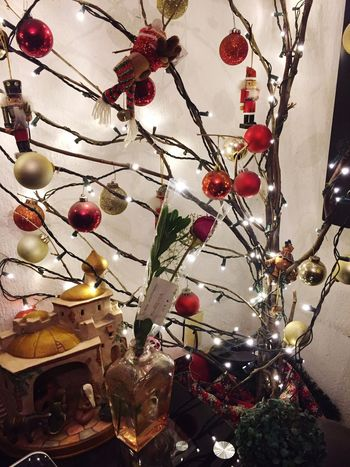 Un año i creíble e inigualable ❤️ Hanging Indoors  No People Celebration Christmas Ornament Illuminated Christmas Tree Day