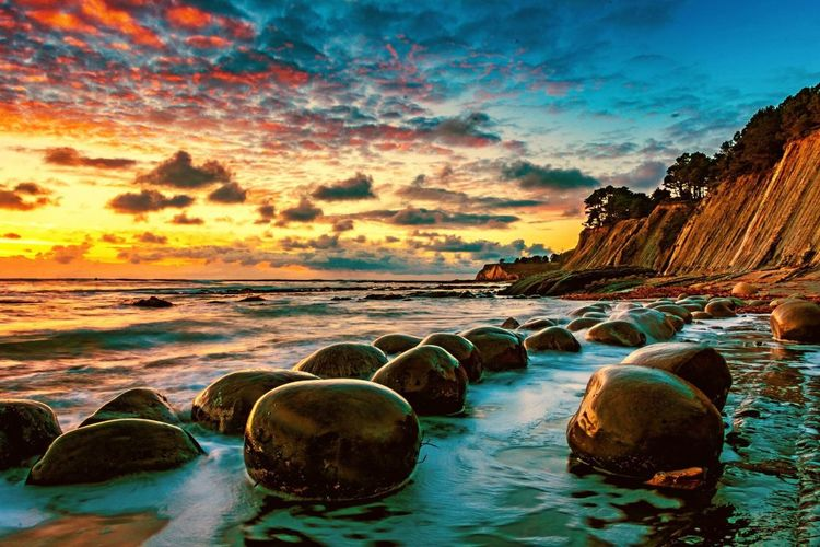 Bowling Ball Beach in Mendocino County Sea Sunset Beach Rock - Object Reflection Beauty In Nature Nature Scenics Sky Water No People Multi Colored Horizon Over Water Outdoors Tranquil Scene Cloud - Sky Day The Great Outdoors - 2017 EyeEm Awards Colour Your Horizn