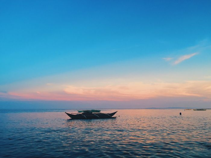 Sooo beautiful. My Favorite Photo Cebu Alcoy Tingkobeach Sunset Blue Beach Photography Beach Summer Iphonephotography VSCO IPhone The Week On Eyem Eye Em Travel First Eyeem Photo Bestoftheday Philippines Hello World Taking Photos Showcase April Eye Em Gallery Eye Em Best Shots Check This Out Blue Wave The Great Outdoors - 2017 EyeEm Awards Lost In The Landscape Perspectives On Nature Adventures In The City