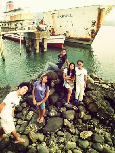 Check This Out Shipwrecked Crazy Moments Barnacles_stones_seawater :)