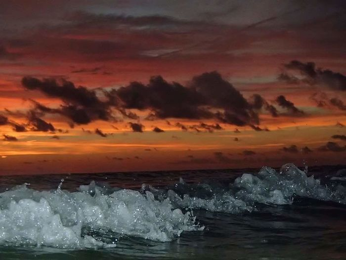 Sarasota Florida Lido Beach First Eyeem Photo Beachphotography Sunset Gulf Of Mexico Nature Photography Waves Crashing