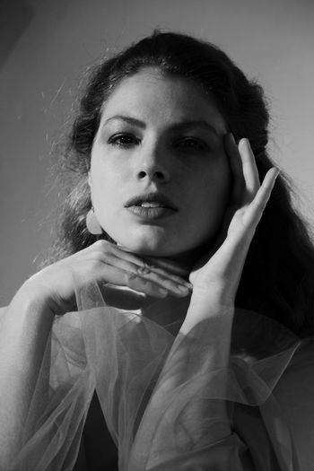 Real People Blackandwhite Beauty Women Portrait Beautiful Woman Contemplation Headshot Indoors  Hairstyle Females Adult Front View Lifestyles Looking At Camera Young Adult Studio Shot My Best Photo One Person Young Women Casual Clothing International Women's Day 2019 Indoors  Leisure Activity Mid Adult Women Teenager Monochrome Light And Shadow French Fashion Model Fashion Photography Artistic Artistic Photography The Portraitist - 2019 EyeEm Awards
