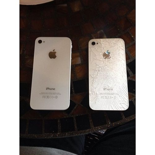 Finally got the back replaced! Thanksbaby Nomorecracks Cleanback Justlikenew iphone4s