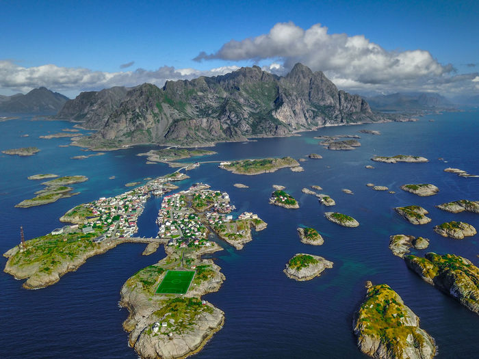 I do finally have some great weather on the Lofoten :) This is the little village Henningsvær with one of the coolest football pitches in the world! Bird Eyes View DJI Mavic Pro Drone  From My Point Of View From Above  Lofoten Islands Norway Beauty In Nature Blue Day Dji Dronephotography Lofoten Mountain Nature No People Outdoors Scenics Sea Sky Svolvær Tranquil Scene Tranquility Water Waterfront Been There.