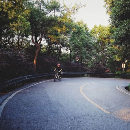 Bicycle Transportation Road Cycling Mode Of Transport Outdoors Day Riding One Person Road Sign Landscape Travel Changsha, Hunan Bicycling Sport FUJIFILM X-T10