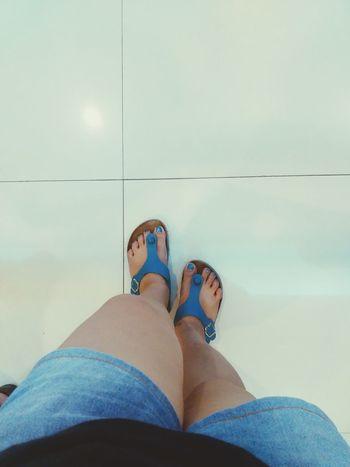 Blue is Beautiful ♥ . Legsselfie EyeEm Best Shots First Eyeem Photo Check This Out Eye4photography