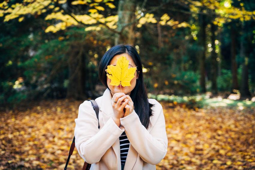 Autumn Autumn Colors Autumn Leaf Park Portrait Selective Focus The Portaitist - 2016 Eyeem Awards Yellow Showcase July 43 Golden Moments Adventure Club