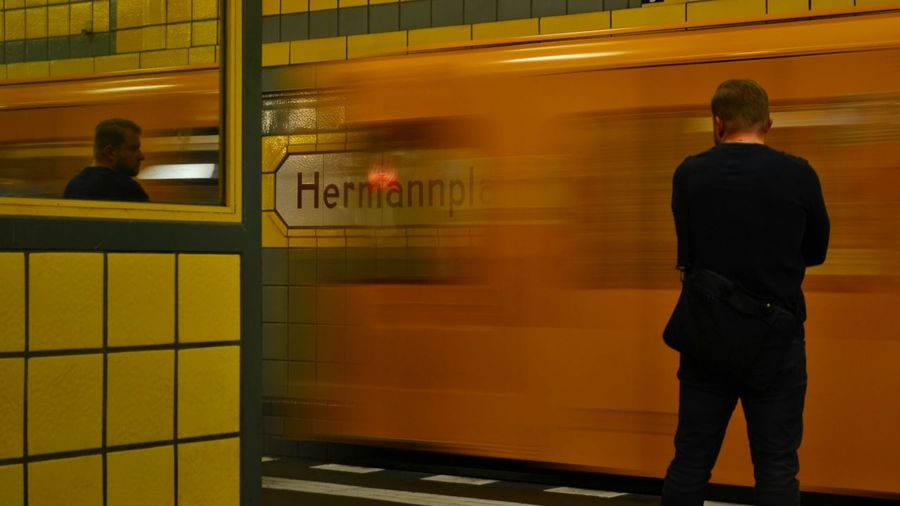 Hermannplatz Berlin Hermannplatz Subway Ubahn Yellow Man Metro Station Discover Berlin