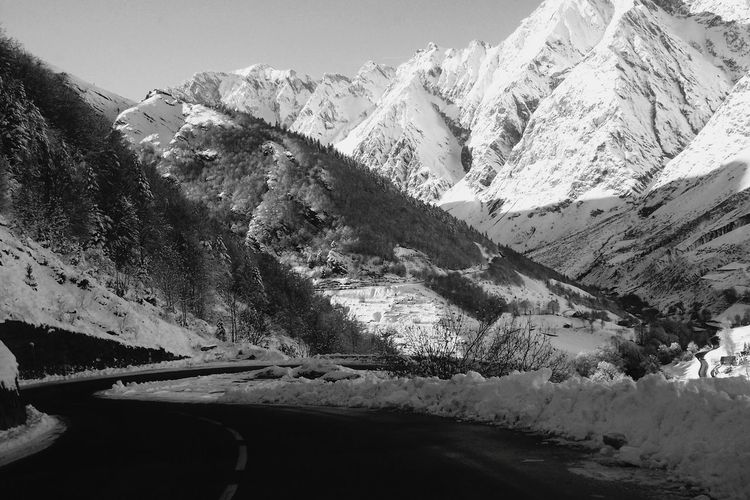 HautePyrenees Road Snow Mountain Landscape B&W4 Black And White Haute-Pyrenees Descent Paysage De Montagne White Descente Cold Cold Winter ❄⛄ EyeEm Best Shots - Black + White Road EyeEm Best Shots - Mountain EyeEm Best Shots - Landscape In Bagnères De Bigore, France