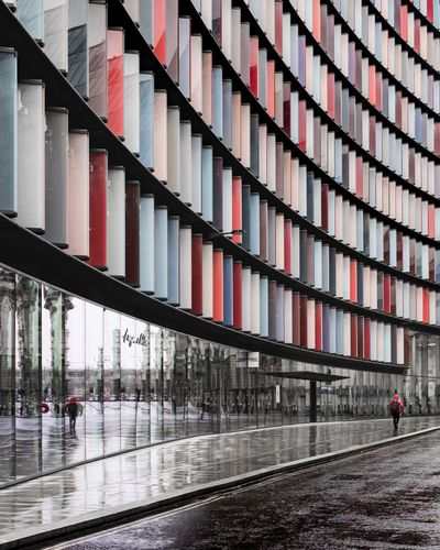 Streets of London Architecture Built Structure Building Exterior Reflection Modern Real People City Urban Urbanphotography London Cityscape City Architecture Reflection City Life