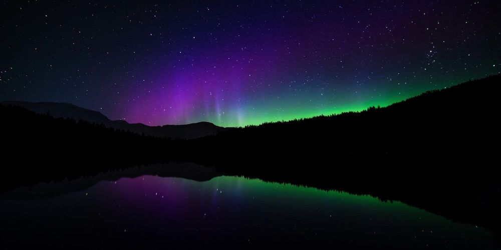 Aurora Canada Borealis Landscape Wallpaper Picture And Photo Background Picture Beautiful Famous Wallpaper Travel Peaks Panorama Reflection Nature Banff  Canada Astronomy Space Star - Space Mountain Water Tree Lake Constellation Aurora Polaris Silhouette Space And Astronomy Astrology Astrology Sign Astronomical Clock Maritime Provinces Half Moon Star Trail Moon Surface Milky Way Atmospheric Mood Star Field Galaxy Nebula Emission Nebula Planetary Moon Infinity Globular Star Cluster Sagittarius Nova Scotia