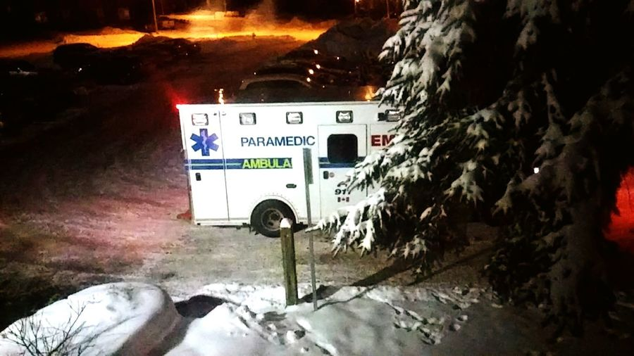 Meanwhile outside my window at our place.. 😇 Freelance Life Paramedics 911 911vehichle Vehicles Authority Outdoor Photography January2016