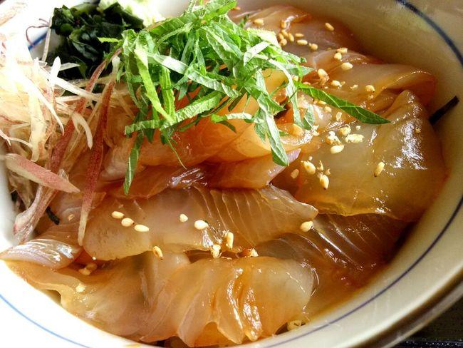 """ヒラメのヅケ丼♪(* ̄▽ ̄*)ノ"""" Food Yummy Delicious Sashimi"""