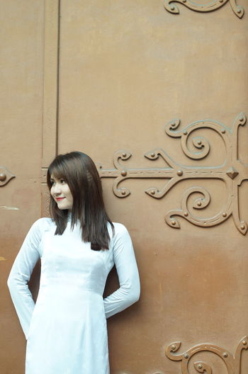 Ao Dai Ao Dai Vietnam Aodai AoDaiVietnam AodaiVietNam ❤️ Girl Portrait Tradition Traditional Traditional Clothing Traditional Costume Vietnam Vietnamese Girls Vietnamese Traditional Clothes Young Women áo Dài ❤