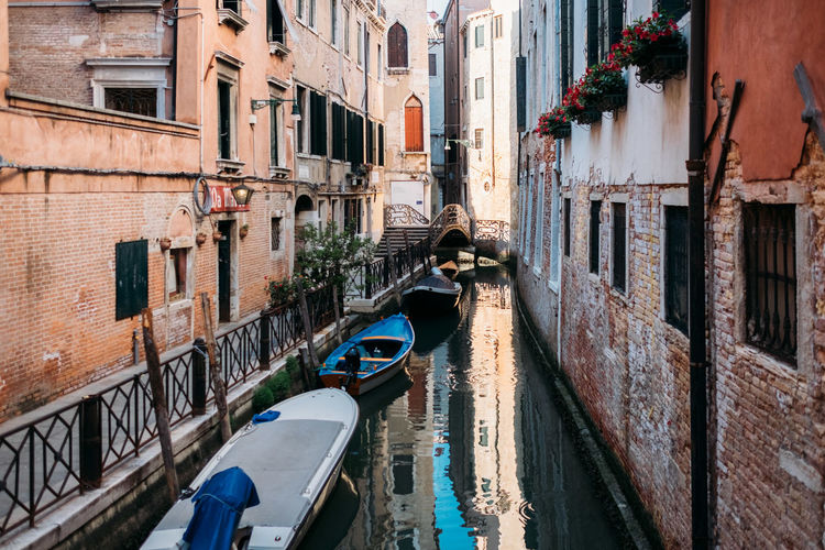 Venice Built Structure Canal Architecture Building Exterior Water Nautical Vessel Building Transportation City Residential District Mode Of Transportation Reflection Window Day Waterfront Gondola - Traditional Boat Nature Incidental People Narrow