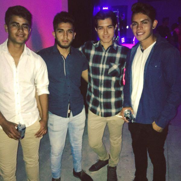 Una noche de amigos