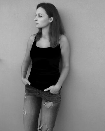 Sicilia❤️ Beauty Casual Clothing Standing Wall - Building Feature Person Looking At Camera Day Sicilia Italia Sicily Italy Girl Hollidays Summer2016 Ovs