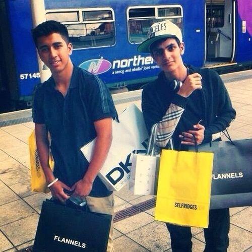 Shopping! Haha 16 years old! Love Beautiful Happy JustMe