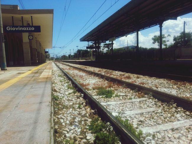 Station-ary