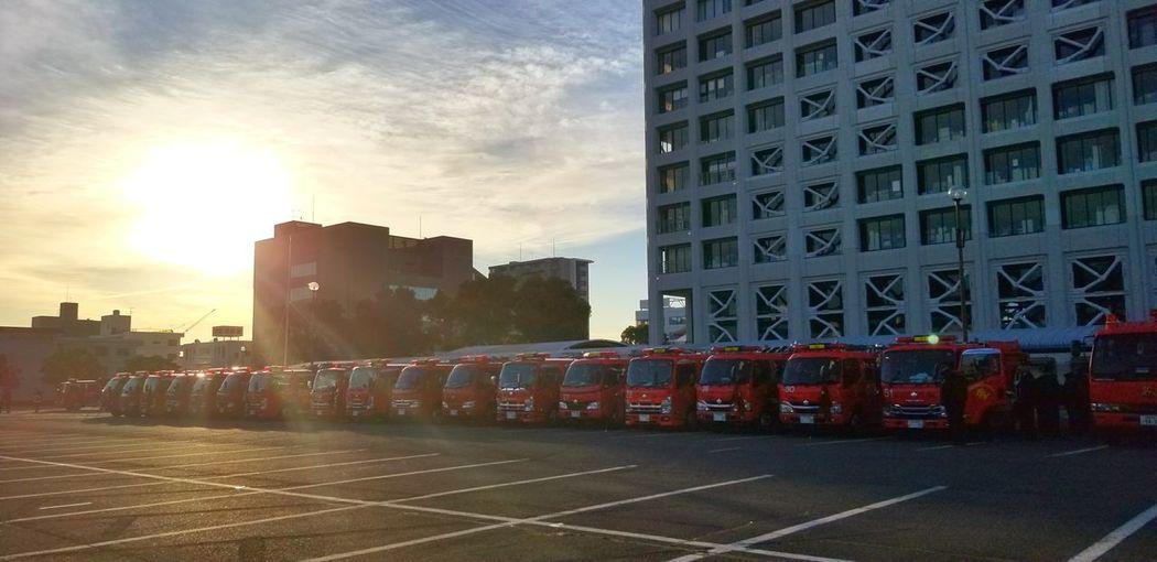 出初式開始前の早朝 富士市 富士市消防団 消防出初式 おはよう 早朝 Sunrise Sunshine 出初式 女性消防団員 消防団 Sky