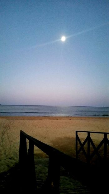 Moon Horizon Over Water Sea Beach Sky Tranquility Tranquil Scene Nature Horizon Beauty In Nature Astronomy No People Beachphotography Happiness