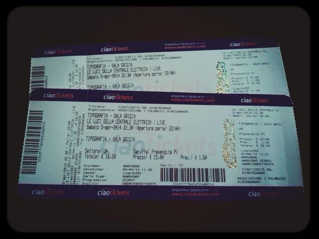 Andiamo a vedere Le luci della centrale elettrica :D Leluci Pescara Tickets Concerts