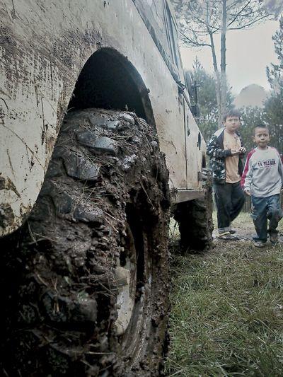 Land Rover Kids