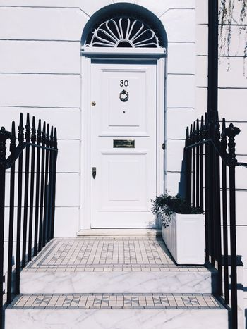 Door Entrance No People Architecture Built Structure Day Outdoors Building Exterior Live For The Story TheWeekOnEyeEM BYOPaper! The Street Photographer - 2017 EyeEm Awards EyeEm Selects Let's Go. Together. Sommergefühle EyeEm LOST IN London Connected By Travel