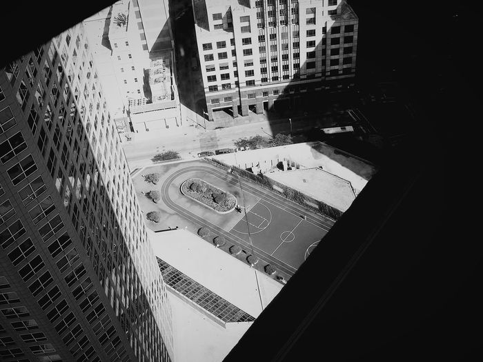 B&w Street Photography Eyemphotography Skyscrapers Skyscraper View Buildings And Skyscrapers Looking Out The Window The View From My Window Downtown Chicago Chicagoshots Eyeemphotography EyeEm Gallery EyeEm City View  Neighborhood Map The Graphic City Go Higher The Architect - 2018 EyeEm Awards