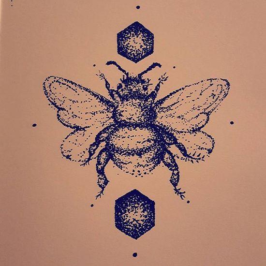 Next up: bee tattoo. 🐝 Beetattoo Bumblebee Bee Tattoo Art Tattoo Tattoodesign Stippling BlackInk