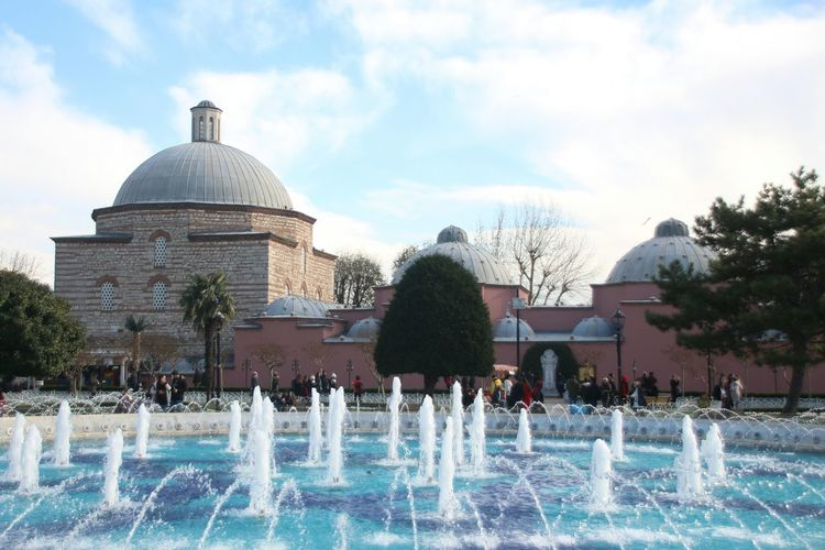 Sultan ahmed Water Fountain Swimming Pool Architecture Built Structure Outdoors Sky EyeEmNewHere