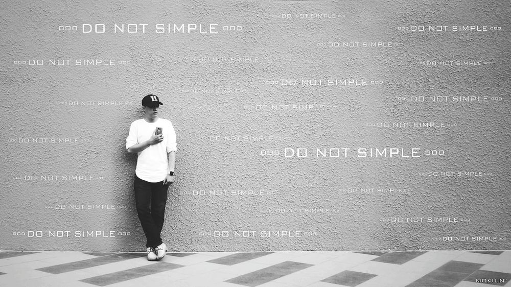 ••• DO NOT SIMPLE ••• Hanging Out Wall Art Wall Shopping Mall It's Me Mokuin Silent Silent Moment Devices LG  G5 Effects & Filters B&w Street Photography