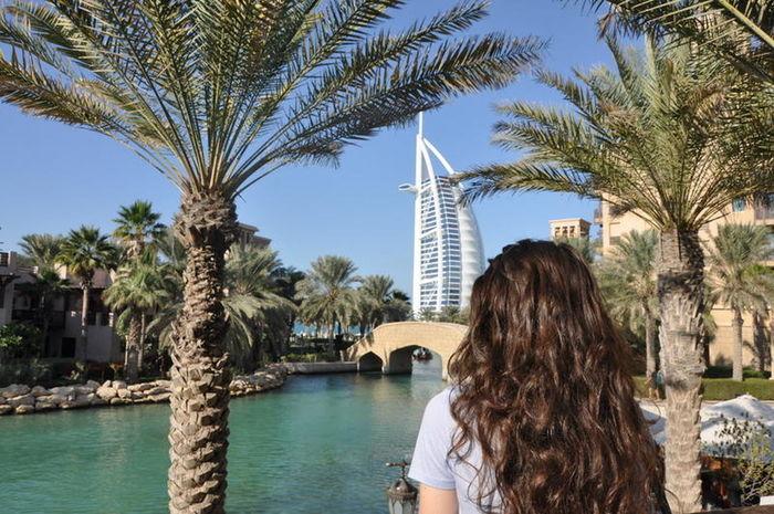 Dubai Burjalarab Burj Al Arab UAE Madinatjumeirah Souk Travel Photography Explore Adventure Showcase: January
