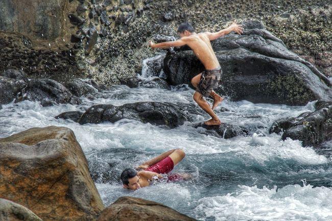 Being Adventurous Eyeem Philippines Waves Crashing Funtimes Waves And Rocks Risktaker