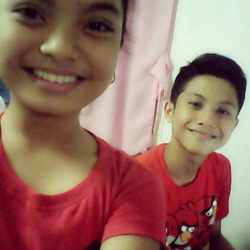 Ngiting wagi kami ni Kuya :D hahaha , Happy new year po ;)) <3 <3 RedShirt  DOMO Angrybirds