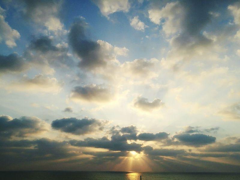 Mare Tramonto Tramonto;sole;cielo Tramonto Bellissimo Tramonto Sul Mare Sole Nuvole Colour Of Life EyeEmNewHere