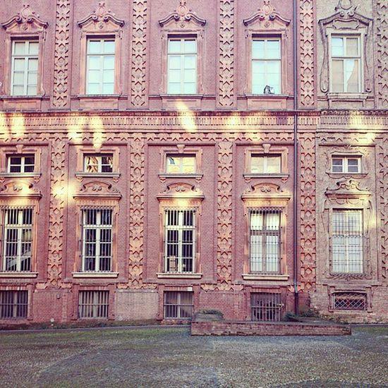Beautiful Turin Travelling Picoftheday Sun Windows Followme