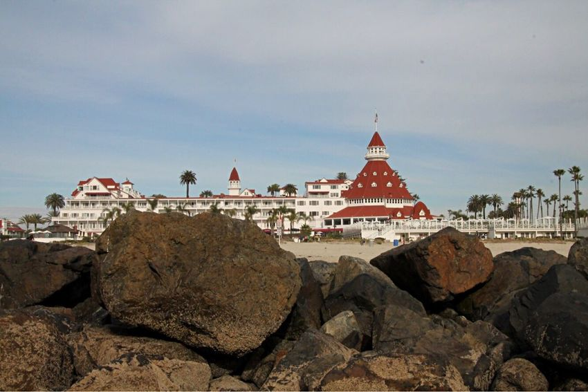 Hotel Del Coronado San Diego California Beach Architecture Building Exterior Built Structure Sky Travel Destinations Travel Outdoors Tourism No People Day Cloud - Sky Dome Rock - Object