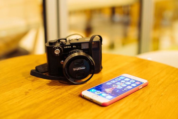 Technology Table Focus On Foreground Photography Themes Indoors  Camera - Photographic Equipment Communication Close-up No People Portability Day Leicacl MyNew Filmcamera EyeEm Korea