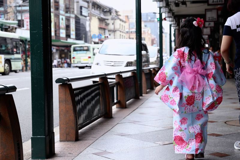 2017.06.29 Photography Japanese Style Travelphotography Japanstyle Japanese Culture Hoildays Enjoying Life Street Style Attraction Streetphotography Travel Photography Travel Incidental People Rear View Females Adult People Childhood Child Lifestyles Walking Street