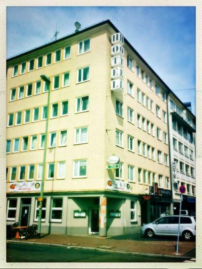 Hipstamatic This Is Frankfurt Frankfurt's Life Frankfurt Am Main Frankfurtphotography Hotel Building Old Buildings Hotels Streetphotography Street Photography Nopeople Guten Abend Frankfurt
