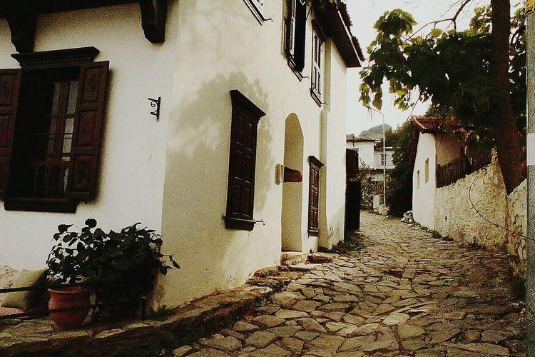 Charming Village Life Village Izmirlife Izmirdeyasam Izmir Turkey ızmir Sirince Village Photography VillageHome Villagehouses Villagehouse Nature Photography Naturalifestyle